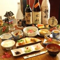 夕食 地元で採れる四季折々の料理が並びます。