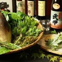 季節限定♪山菜料理をご賞味下さい。