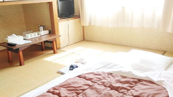 男性 布団【4.5畳和室】バストイレなし□禁煙□WiFi無料