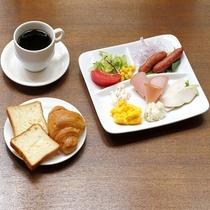 和洋20種類以上の朝食バイキング