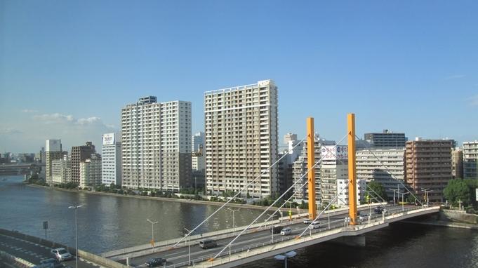 【リバービュールーム・素泊まり】隅田川が見えるお部屋でリッチな気分に♪【アパは映画もアニメも見放題】