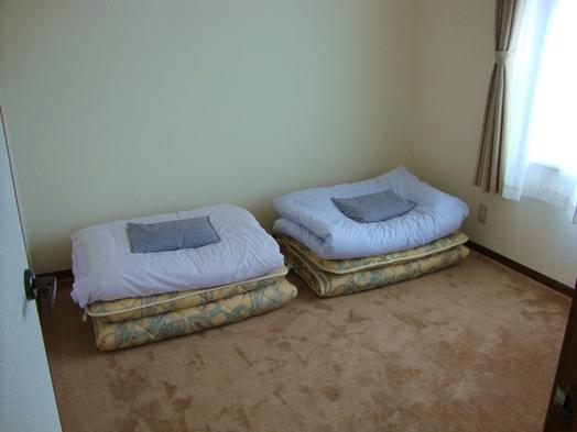 旅のお話は談話室で! 4.5畳個室2名様素泊まりプラン