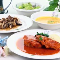 """*ご夕食◆手作り""""欧風家庭料理"""" 組み合わせもかわります"""