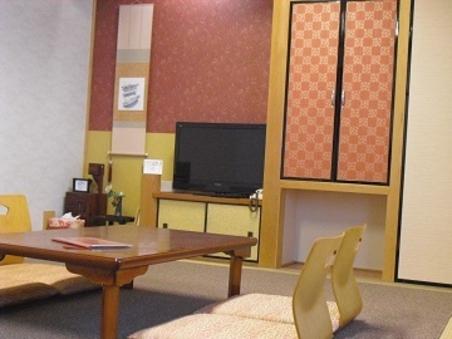 和室10畳(トイレ・洗面付)