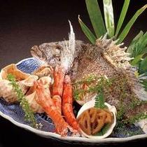 夕食一例(黒鯛・ニシ貝塩焼き)