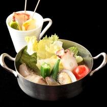【2018年夏のお膳・MAIN】函館産魚介類の熱々!アクアパッツア