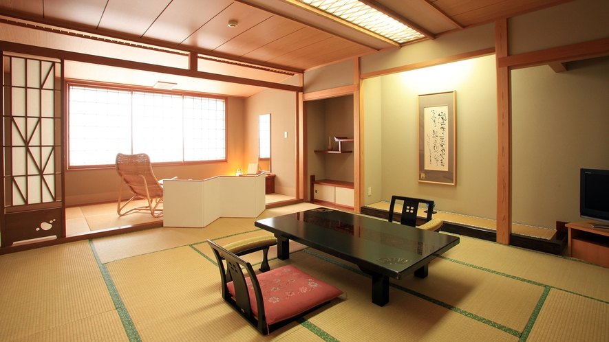 【WAMODERN】懐かしく、風情あるワモダンフロアの和室。