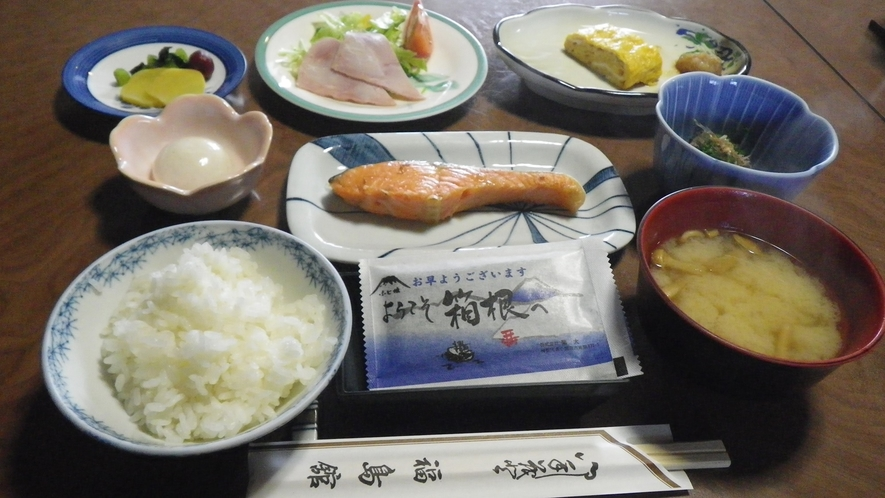 *【食事一例】1日の始まりは、栄養バランスの良い和朝食を♪