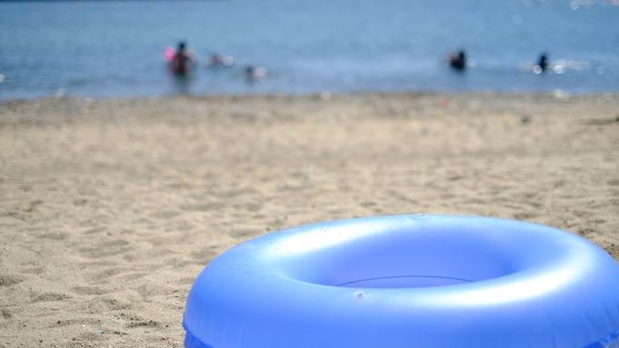 海水浴♪水着のまま海へGo! ビーチグッズ貸出し無料!【特典付】[1泊2食付]