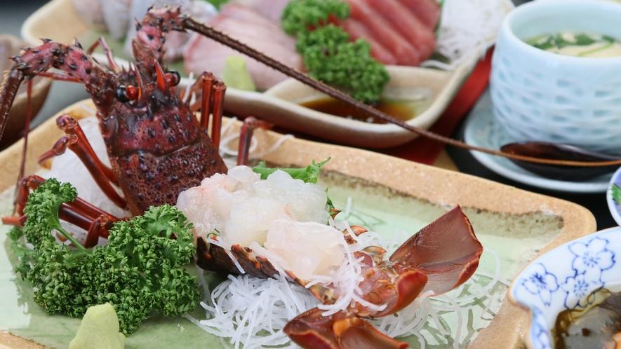 プリップリ食感の甘い身が特徴ある伊勢海老お造り
