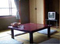 客室 2〜4名様