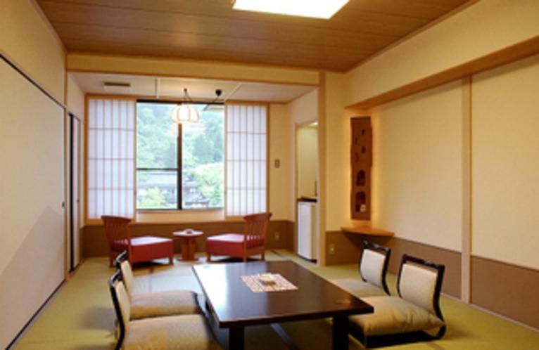 中央館客室一例