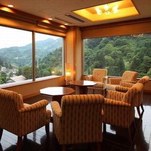 最上階「見晴らし館」談話室