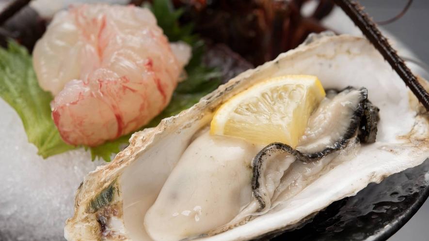 自慢のご夕食(一例、季節により内容は異なります) 濃厚でクリーミー♪生牡蠣