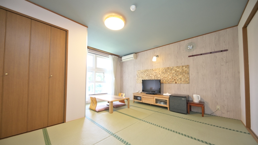 【和室】8~10畳(眺望を気にしない方向け)リフォームされたきれいな和室です。