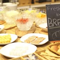 【朝食ブッフェ】和食派という方は卵焼きやひじき、鮭など旅館の定番おかずをお選びください♪
