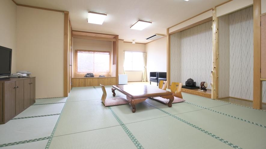 【和室】最大6名様までご宿泊可能な和室もご用意。グループの皆様に最適です♪