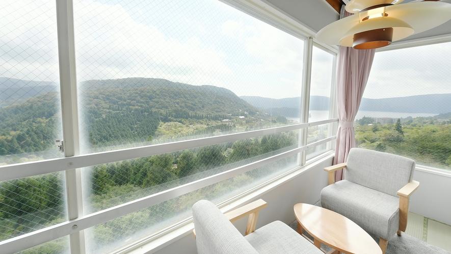【和室】12畳★芦ノ湖ビュー★お部屋からは芦ノ湖をお楽しみいただけます♪