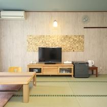 【和室】8~10畳(眺望を気にしない方向け)きれいな和室です。
