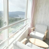 【和室】15畳★マウンテンビュー★壮大な山々の眺望がお楽しみいただけます
