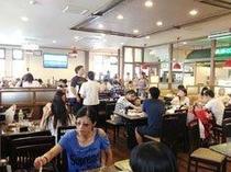 焼肉&バイキングレストラン『バンボシュ』店内
