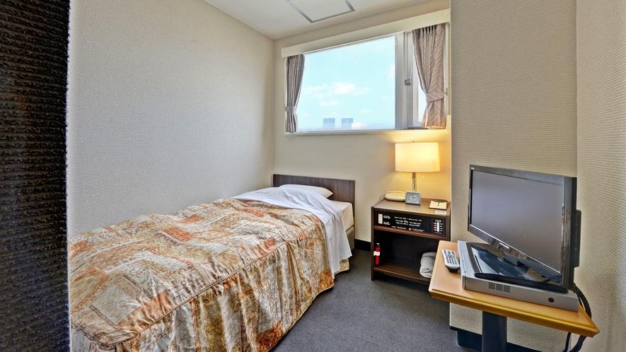 *【客室一例/スモールシングル】小さめのお部屋です。1人旅や出張にぴったり!
