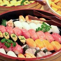 *料理/夕食:お寿司も食べ放題!別館レストランにてご用意いたします。