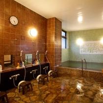 大浴場/梅屋のお風呂は全てラジウムイオン鉱石温泉。体の機能改善と美肌効果の湯で疲れもバッチリ!
