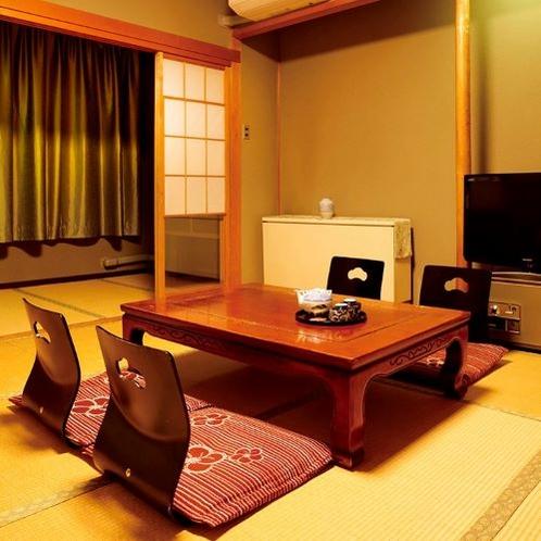 和室12畳(客室一例)/グループやご家族でのご宿泊にオススメ!足を伸ばしてのんびりとお寛ぎ下さい。