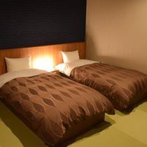 和洋室/和を感じながらベッドで快適にお休み頂ける和洋室で、より上質な空間をお楽しみください。