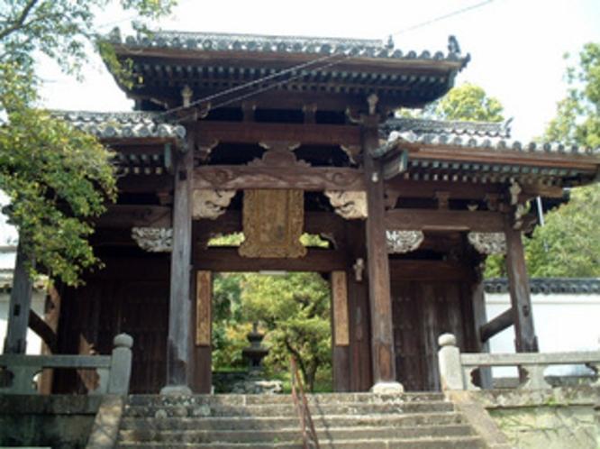聖福寺(徒歩約3分)