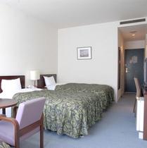 ホテル棟の洋室(1〜2名様用)