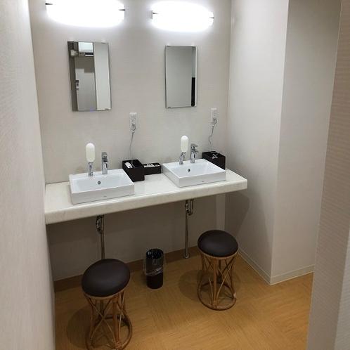 大浴場 化粧台