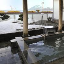庭園露天風呂(冬)
