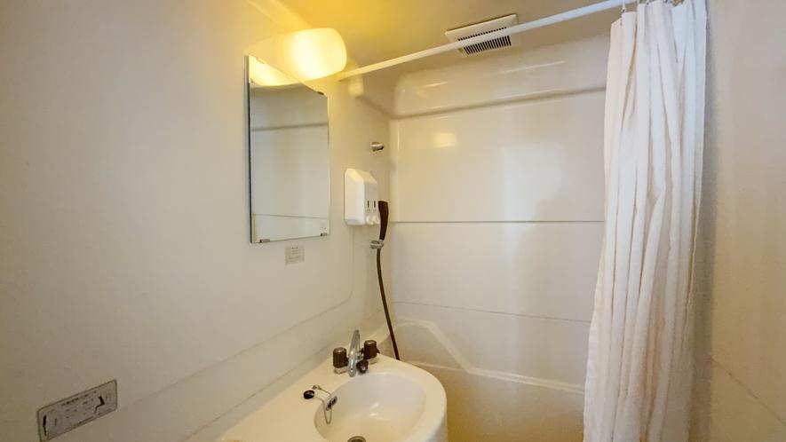 ユニットバス内洗面所