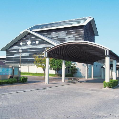 【周辺観光】高知県立美術館まで当館からお車で約15分