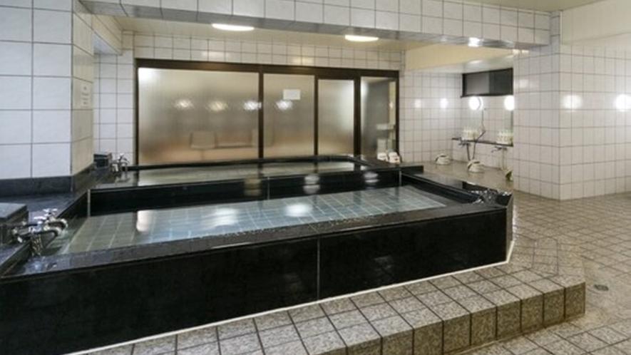 <お風呂>男性大浴場/疲れをゆっくり癒してください。
