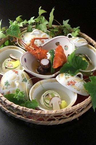 秋のお料理一例『伊勢海老具足煮』
