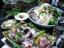 三木半旅館の贅沢鍋『くえ鍋』は和歌山で揚がった厳選くえを使用