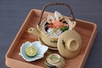 """秋の味覚""""松茸""""を香り高い『土瓶蒸し』に"""