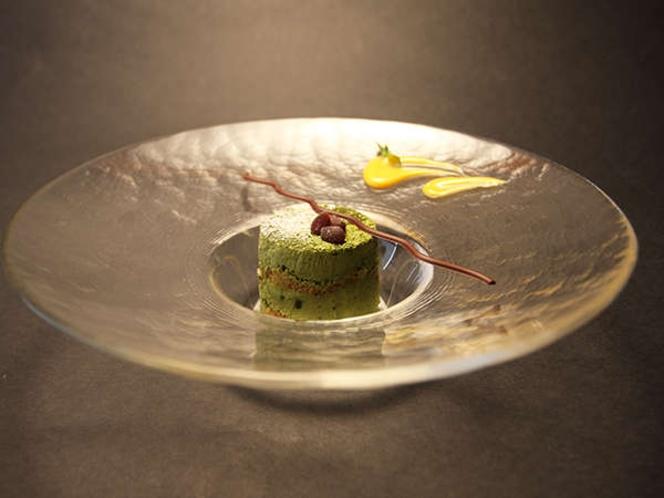 甘納豆入り抹茶のティラミス ボア ド ミルティーユスタイルで(2014早春)