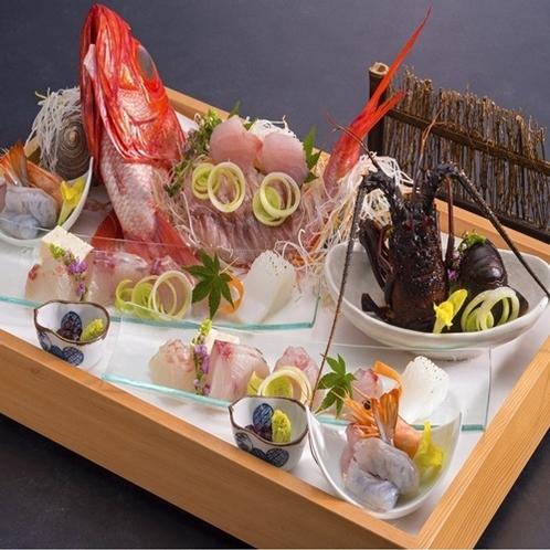 お刺身盛り合わせ季節の魚介類の盛り合わせ