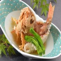 伊豆近海で捕れたカサゴのから揚げみぞれあんかけでお召し上がり下さい