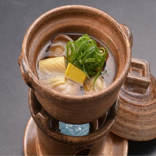 鳥団子と南伊豆の地野菜のよせ鍋
