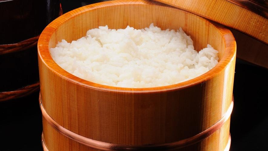 宮城県産「ひとめぼれ米」を使用。お米が美味しいというお声をたくさんいただいております。