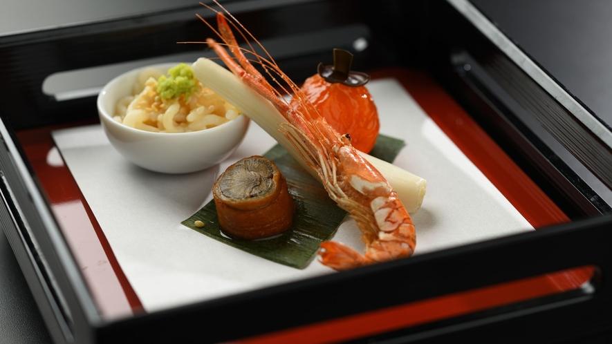 【夕食】上撰会席 料理一例 前菜