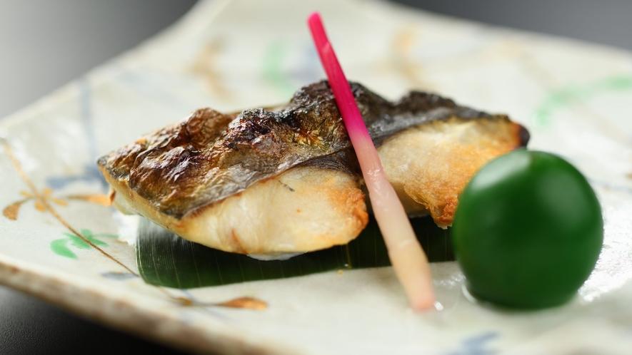 【夕食】 料理一例 焼物