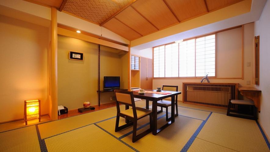 【モダン和室】リニューアル、椅子とテーブルゆったりお食事できます。個別空調、空気清浄機完備。