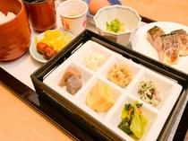 がんこ朝食(和食プレート)盛り付け一例