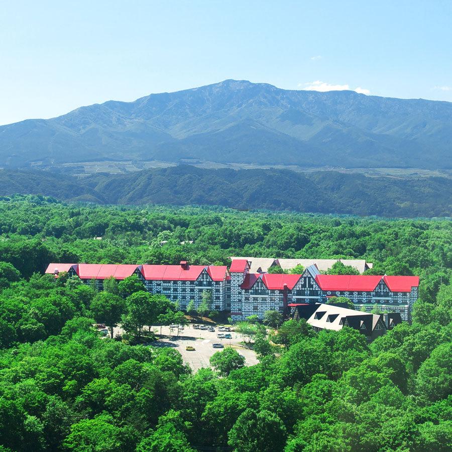 奥軽井沢の大自然の中に佇むホテル